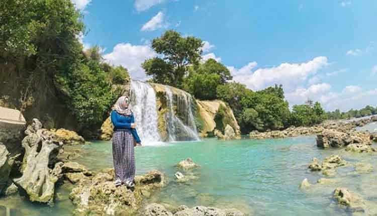 Obyek Wisata Pantai Nepa Kabupaten Sampang Jawa Timur